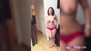 Claudia Bavel nua em videos de sexo que caiu na net